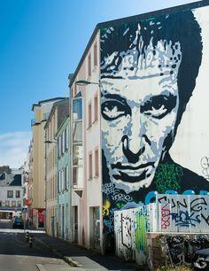 """Après le billet sur Da Mental Vaporz, voici un nouveau retour sur le projet """"Crimes of Minds"""" avec ce spectaculaire pochoir du street artiste français Jef Aérosol"""