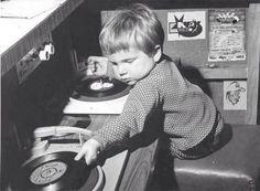 Gee, even when he was a small boy, Jim Morrison was spinning records. Jim Morrison, Morrison Hotel, Lps, Beatles, Hip Hop Instrumental, Foto Poster, Vinyl Junkies, Dj Equipment, Record Players