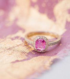 London Victorian Ring - Bague diamants et saphir rose, 1800€