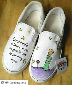 "#Repost @garabate_arte with @repostapp ・・・ ""El Principito"" Los personajes de tus libros favoritos en tus tenis personalizados. #tenispintadosamano #GarabateArtePintadoaMano #arteydiseñoenmistenis #consumelocal #hechoamano #elprincipito The Petit Prince, The Little Prince, Painted Vans, Hand Painted Shoes, Shoes Flats Sandals, Espadrille Shoes, Custom Vans, Custom Shoes, Sock Shoes"