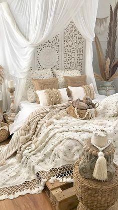 Small Room Bedroom, Room Ideas Bedroom, Decor Room, Cozy Bedroom, Home Decor Bedroom, Master Bedroom, Bedroom Curtains, Bedroom Furniture, Ikea Bedroom