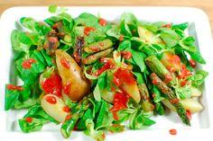 Spargel-Kartoffelsalat mit Himbeerdressing, vegan