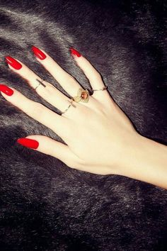 LOVE long, red oval nails!!