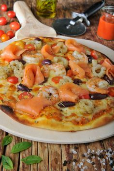Seafood Pizza ready to devour all to yourself. #FSTASTE #foodie #Pizza #Cairo #Best #Restaurant #InLove @LagourmandiseEG