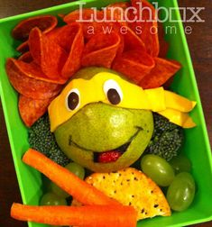 A little lunchbox love featuring a Teenaged Mutant Ninja Turtle