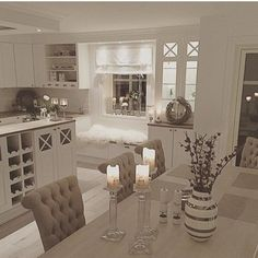 There is only a little bit of country house decoration left Dream kitchen. There is only a little bit of country house decoration left Interior Design Living Room, Interior Decorating, Cuisines Design, Beautiful Kitchens, Home Fashion, Home And Living, Modern Living, Home Kitchens, Kitchen Decor