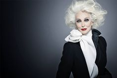 From Iris Apfel To Carmen Dell'Orefice, Older Women Proving Their Value in The Workforce Carmen Dell'orefice, Kim Kardashian, Trop Top, Older Models, Advanced Style, Famous Models, Famous Photographers, Fashion Mode, Fashion Stores