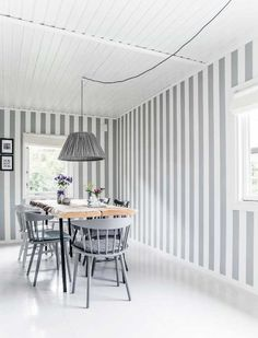 wall painting: grey and white stripes