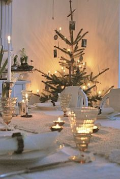 Really like this tree for the guest room...45 Swedish Farmhouse Christmas Moments