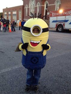 My wife and I made our son a minion costume for Halloween 2013 - Imgur
