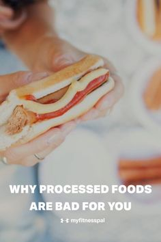 When you eat highly-processed foods like boxed mac and cheese, hot dogs, cereal and chips instead of whole foods like quinoa, eggs, berries and leafy greens it has a negative impact on your health. processed foods contain saturated fat, sodium and added sugar and none of the vitamins, minerals and fiber found in a whole food diet. From losing weight to fat loss to gut-health to supporting your immune system. Here is the research. #MyFitnessPal #wholefooddiet #guthealth #weightloss… Eating Fast, Healthy Eating Tips, Healthy Cooking, Healthy Recipes, Nutrition And Dietetics, Nutrition Guide, Health And Nutrition, Whole Food Diet, Whole Food Recipes