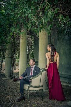 Engagement Session at the Cullen Sculpture Garden in Houston by Ama Photography and Cinema | Two Bright Lights :: Blog