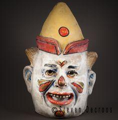 Ensor mask James Ensor, Vintage Clown, Masks Art, Outsider Art, Headgear, Macabre, Puppets, Printmaking, Sculpting