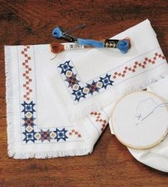 Country Patches Bread Cloth: add a vintage country touch with this cross-stitch craft! countrywomanmagazine.com