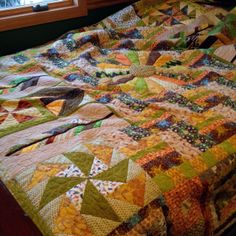 Mighty Distractible: the scrappiest quilt ever!