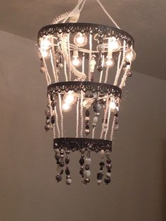 The happy homebodies tutorial diy faux crystal chandelier the happy homebodies tutorial diy faux crystal chandelier charlottes new bedroom pinterest the ojays happy and crystals aloadofball Choice Image