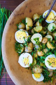 A great potato salad is the quintessential side dish for picnics, barbecues or any summer occasion. These 12 super spud salads put a new spin on this American classic. From hot and spicy versions, to lighter and healthier versions that use yogurt instead of mayonnaise, to versions that add grilled potatoes for an extra layer [...]