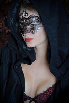masquerade black and white ile ilgili görsel sonucu Eyes Wide Shut, Mask Girl, Lace Mask, Beautiful Mask, Venetian Masks, Venetian Masquerade, Masquerade Party, Masquerade Masks, Eva Green