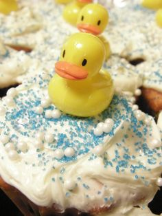 I made these duck cup cakes for our daughters baby shower.