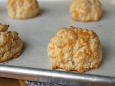 Gluten-Free Tuesday: Cheddar Biscuits