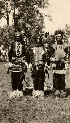 Traditional dancers (Crow), 1928