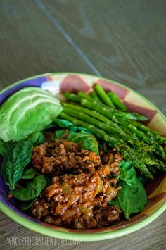 Clean Eating Enchilada Beef: Love putting this one top of salad greens with roasted asparagus and avocado on the side! Delicious and good for you!