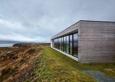 Cliff House - Isle of Skye - modern - Exterior - Scotland - Dualchas Architects Design Exterior, Modern Exterior, Residential Architecture, Architecture Design, Architecture Websites, Architecture Wallpaper, Architecture Awards, Minimalist Architecture, Contemporary Architecture