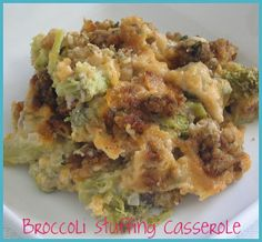 Broccoli Stuffing Casserole -- Basically, Paula Deen's broccoli casserole topped with prepared Stovetop Stuffing and sliced butter, then baked. Cheesy Broccoli Casserole, Broccoli Bake, Vegetable Casserole, Casserole Dishes, Casserole Recipes, Vegetable Bake, Broccoli Recipes, Potato Casserole, Side Dish Recipes