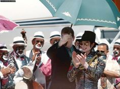 <3 Michael Jackson <3  in Cabo - I think this is my favorite military jacket of his :)