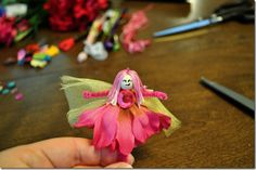 My little neighbor Sophie LOVES fairies! I think I'll make some of these for Christmas...