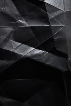 schwarzes Seidenpapier