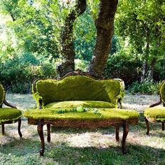 This furniture makes me smile and want to cry at the same time! I love antiques.