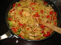 Mexican-Style Pasta With Chicken and Peppers