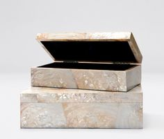 Palma | Set of 2 boxes in Young pen or kabib shells  | Made Goods