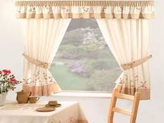 In this article we share with you the beautiful kitchen curtains, kitchen window curtains, kitchen curtain ideas, kitchen curtains valances, in this article. No Sew Curtains, Home Curtains, Curtains How To Choose, Interior Design Living Room, Living Room Decor, Kitchen Window Curtains, Curtain Designs, Beautiful Kitchens, Diy Home Decor