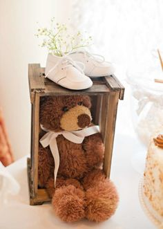 Vintage White Baby Shower decoration, teddy and baby shoes