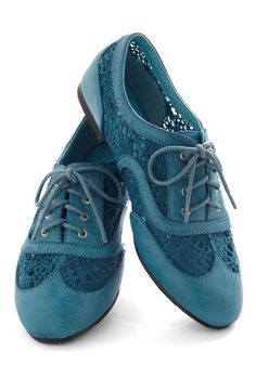 Carnival Confection Flat in Blue. Step right up to sample this toothsome treat of a shoe that boasts the same irresistible sweetness as some of your favorite fair snacks! Oxford Shoes Outfit, Oxford Heels, Blue Suede Shoes, Blue Flats, Thigh High Boots, Swagg, Me Too Shoes, Loafers, Pumps
