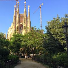 Sagrada Familia, a little secret  Probably the most iconic monument in Barcelona with thousands of visitors every day. Here is a recommendation and a little secret. The recommendation: book you ticket online so you can avoid the long line. The little secret: if you want to get a flavour of the Sagrada Familia from the inside and you don't want neither to stand on line nor to pay 20€ for the ticket, you can visit the chapel which is free and can attend the mess which is quite an experience…