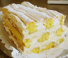 Kardinalschnitten - Food and Drink Healthy Cake Recipes, Poke Cake Recipes, Strawberry Poke Cakes, Strawberry Recipes, Vanilla Coffee Cake Recipe, Austrian Recipes, Different Cakes, Sweet Pastries, Food Cakes