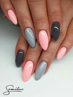 gelnägel natur rosa, lange spitze nägel, hellrosa in kombination mit grau You are in the right place about trendy nails Here we offer you the most bea Love Nails, Pink Nails, My Nails, Matte Nails, Fall Nails, Black Nails, Cute Spring Nails, Matte Pink, Gorgeous Nails
