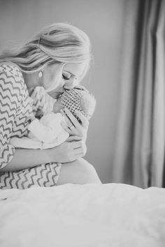 Family / newborn pictures. Marissa Lambert Photography.