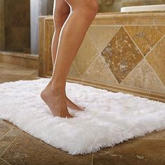 This Ultraplush Bath Mat From Bianca Will Transform Your Space - Plush bath mat for bathroom decorating ideas
