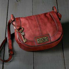 Loving crossbody purses right now.