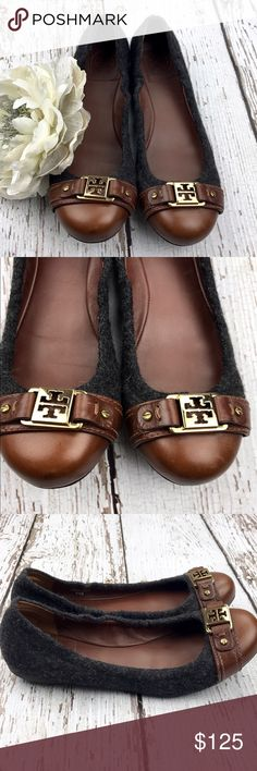 💕SALE Tory Butch Ambrose Gray Wool Brown Leather Fabulous 💕 Tory Butch Ambrose Gray Wool & Brown Leather Gold Medal Logo Ballet Flats Great Condition only worn a few times Tory Burch Shoes Flats & Loafers