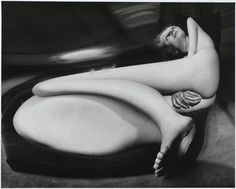 Photographer Andre Kertesz's work is featured at Jackson Fine Art - a gallery that supports fine art photography including Andre Kertesz photography. History Of Photography, Nude Photography, Black And White Photography, Fine Art Photography, Bill Brandt Photography, Straight Photography, Monochrome Photography, Inspiring Photography, Documentary Photography