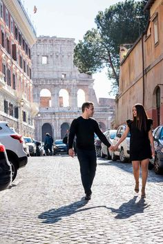 Walking in #Rome. #Engagement photo session. Image by the www.andreamatone.com photography studio