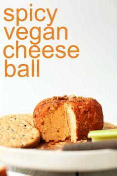 Spicy Vegan Pimento Cheese Ball easy-spicy-vegan-cheese-ball-perfect-for-the-holidays-vegan-glutenfree-cheeseball-recipe - Delicious Vegan Recipes Vegan Cheese Recipes, Cheese Ball Recipes, Vegan Cream Cheese, Baker Recipes, Vegan Appetizers, Vegan Snacks, Appetizer Ideas, Minimalist Baker, Vegan Thanksgiving