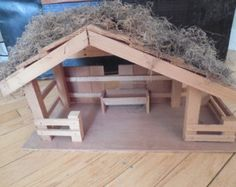 Vintage Wooden Manger Stable for Nativity Scene Christmas Carnival, Christmas Nativity, Christmas Angels, Christmas Holidays, Christmas Decorations, Xmas, Popsicle Stick Houses, Nativity Stable, Cabana