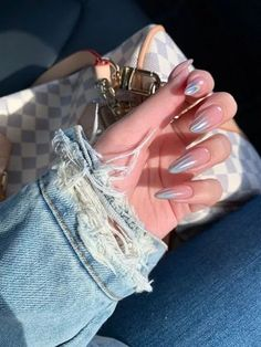 Glamorous Nail Designs Ideas That You Must Love - Nail Art Ideas 2020 (Latest Nail Polish And Manicure Ideas Images Collection Almond Acrylic Nails, Cute Acrylic Nails, Glitter Nails, Gel Nails, Nail Polish, Bride Nails, Wedding Nails, Wedding Makeup, Dream Nails