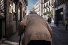 Street photography. Fotografía callejera. Madrid. Street backs. Espaldas. Malasaña #bambibacks
